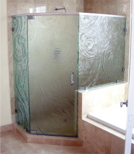 Frameless cast glass neo angle