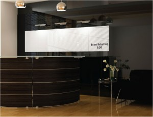 Dreamwall reception station with full wall covering